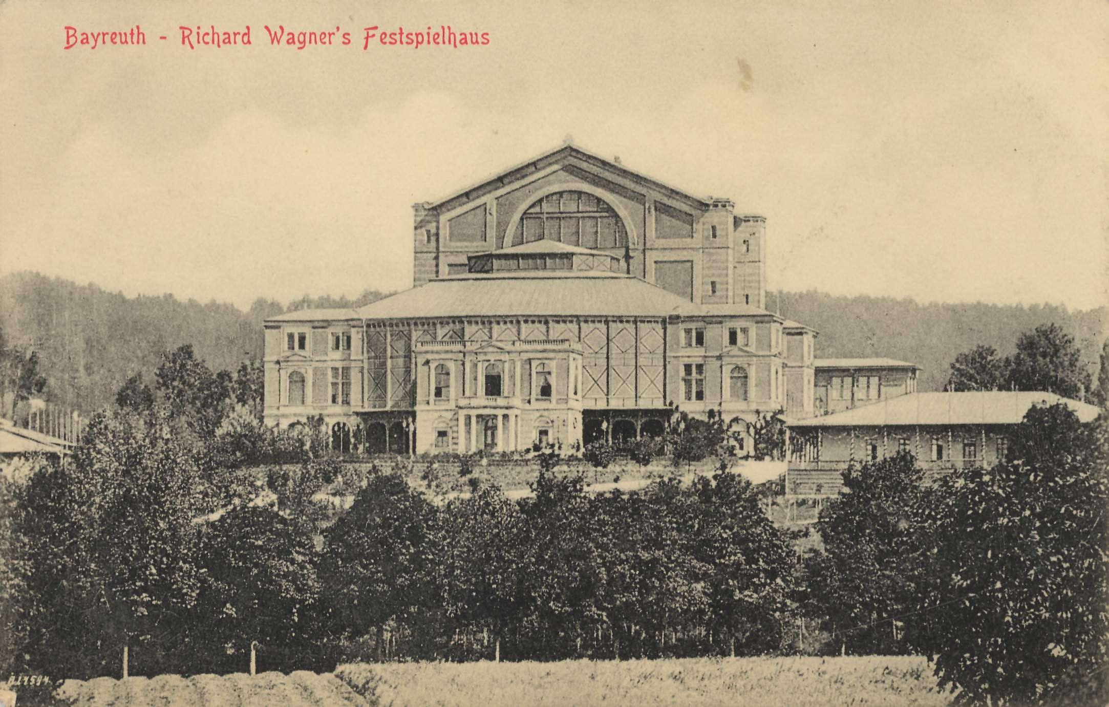 Wagners Festspielhaus Bayreuth.jpg