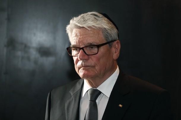 Joachim Gauck mit Kippa.jpg