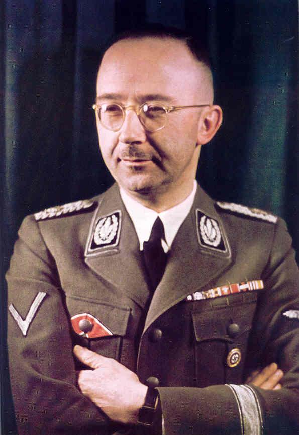http://de.metapedia.org/m/images/4/47/Himmler-feldgrau-Ordensspange.jpg