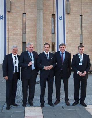 Knesset gruppe.jpg